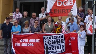 Vor dem Gewerkschaftshaus der Solidarnosc